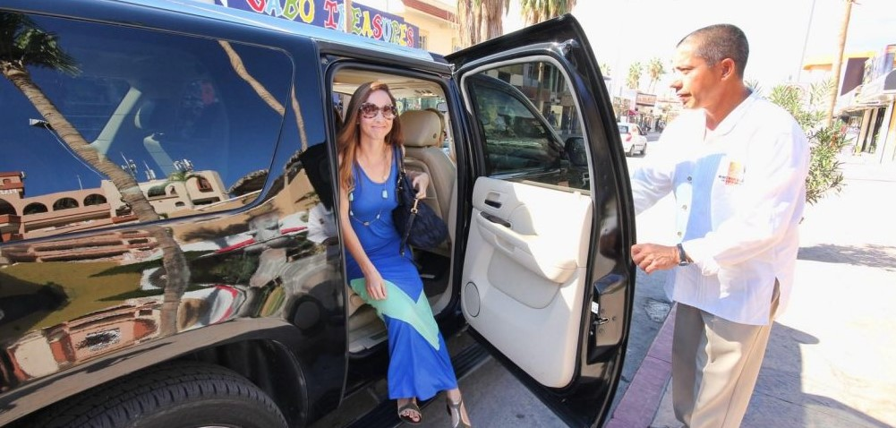 cabo airport shuttle driver